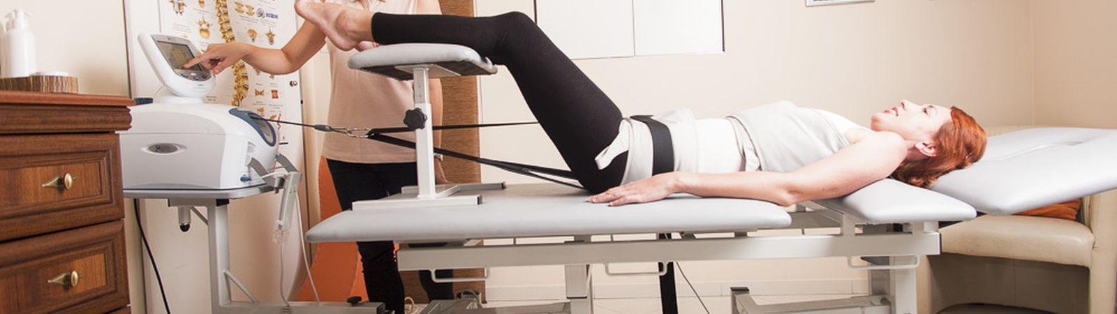 Trakcja/mechaniczny wyciąg kręgosłupa